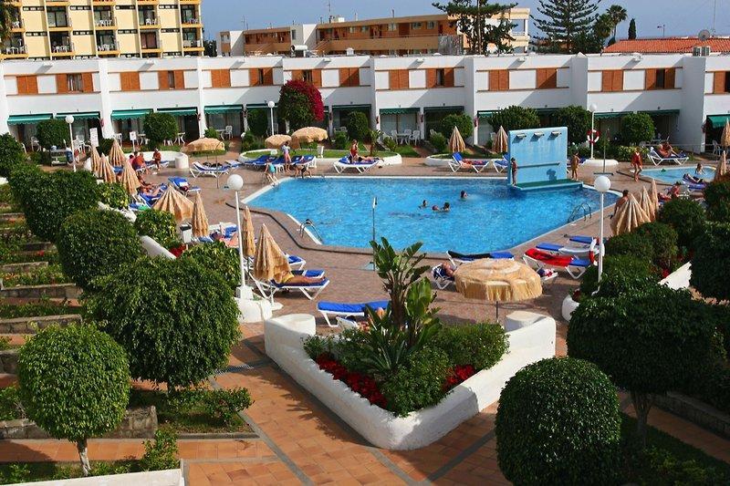 Las Brisas Apartments, slika 1