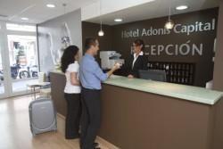 Adonis Capital, slika 1
